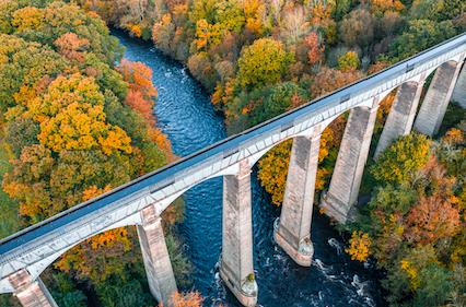Pontcysyllte Aqueduct cross above the River Dee