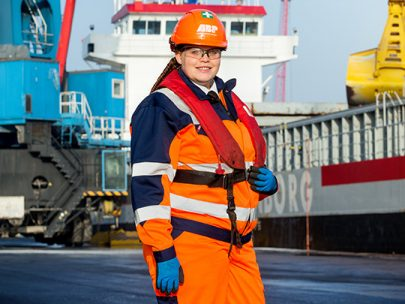 A Portrait of Lucy Walker a Marine Apprentice at DfT