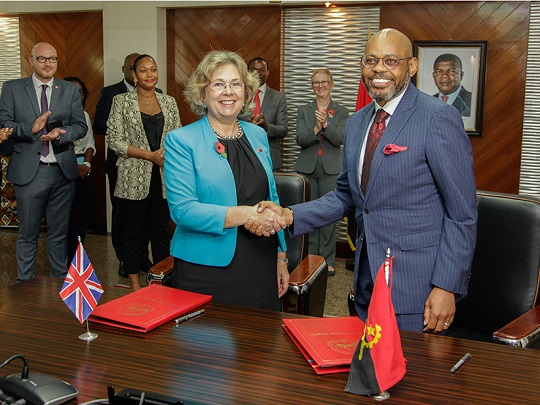 Uk And Angolan Representations Hand Shake